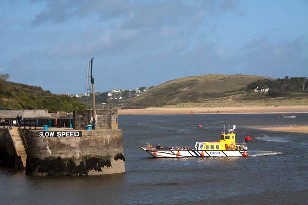 Ferry pulling into Padstow Harbour thumbnail
