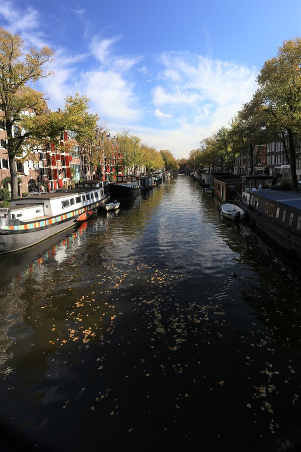 Canal in Amsterdam thumbnail