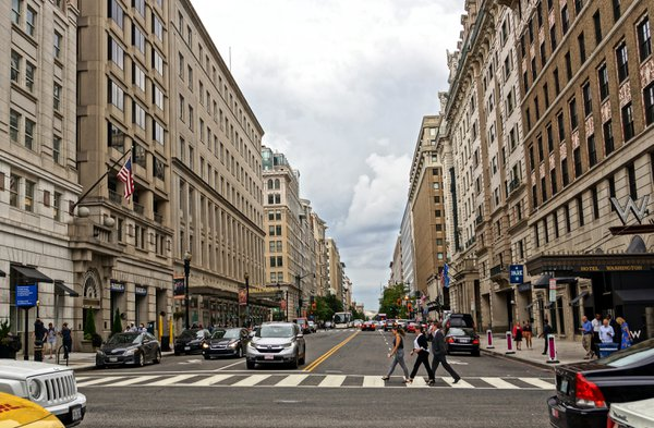 Busy Street in D.C. thumbnail
