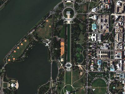 These satellite images were captured by DigitalGlobe's GeoEye-1 satellite on Oct. 6, 2014.