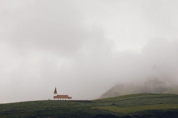 Chapel in Vik, Iceland thumbnail