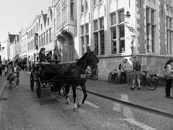 Bruges city traffic thumbnail