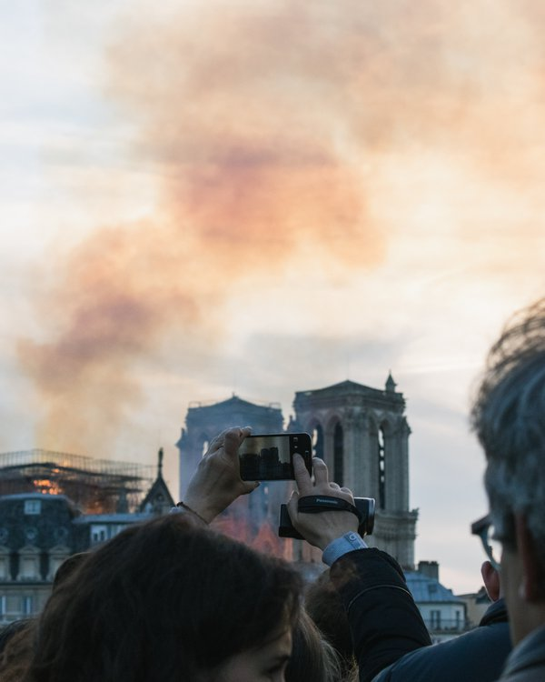 Notre Dame on fire thumbnail