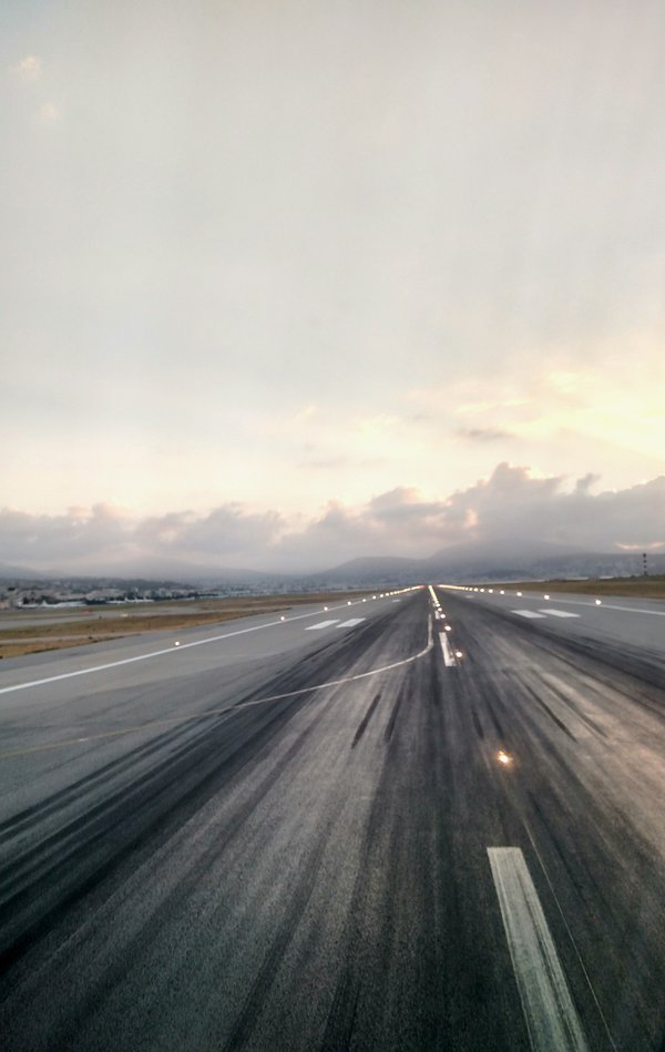 Runway in Nice thumbnail