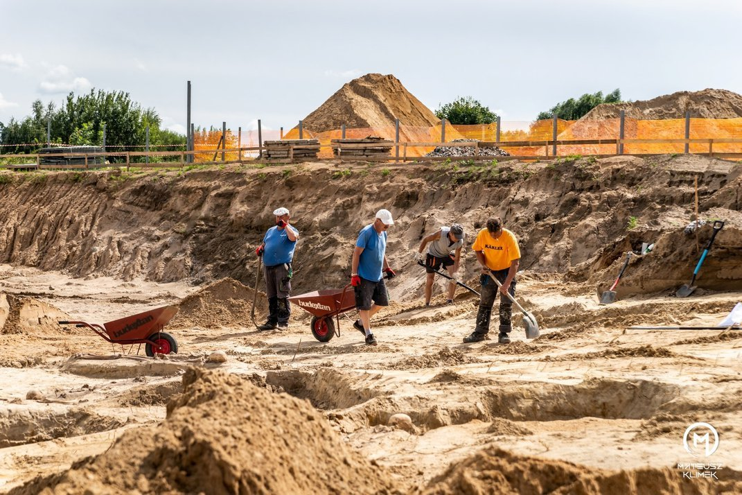 Construction in Poland Reveals Graves of 18th-Century Plague Victims