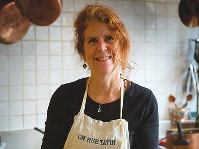 On September 28 cooking teacher, author and journalistSusan Herrmann Loomisinvites you to enter her Parisian kitchen virtually during a Smithsonian Associates Streaming program as she shares what the home cook needs to know to make a delicious plat du jour. (Francis Hammond)