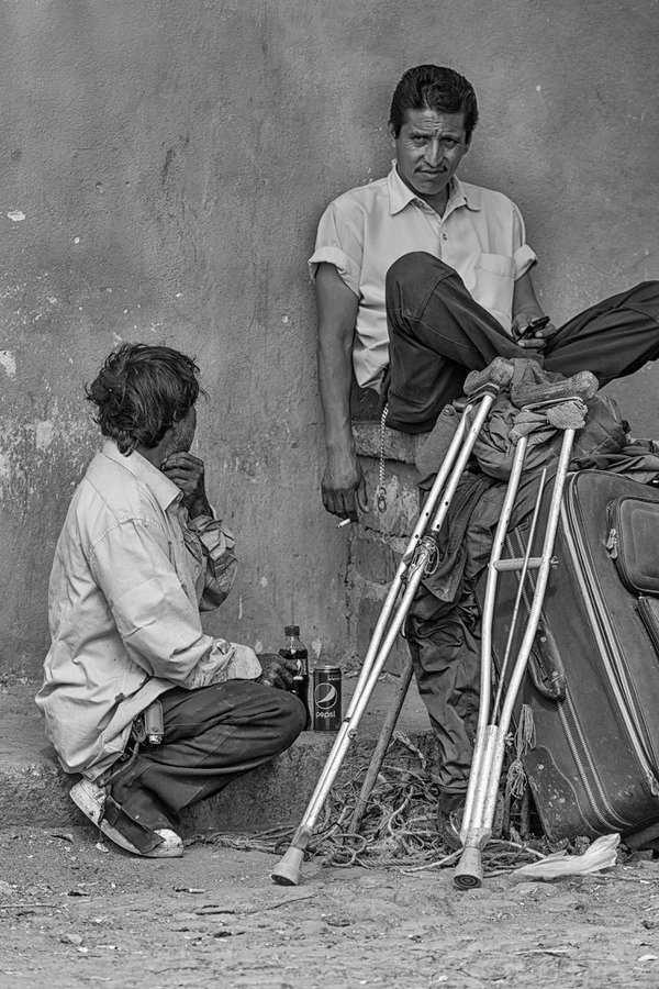 Beggars take a break thumbnail