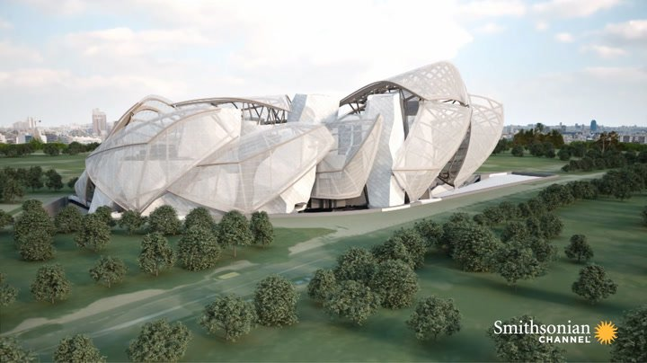 Preview thumbnail for video 'This Frank Gehry Building Was Called Unbuildable