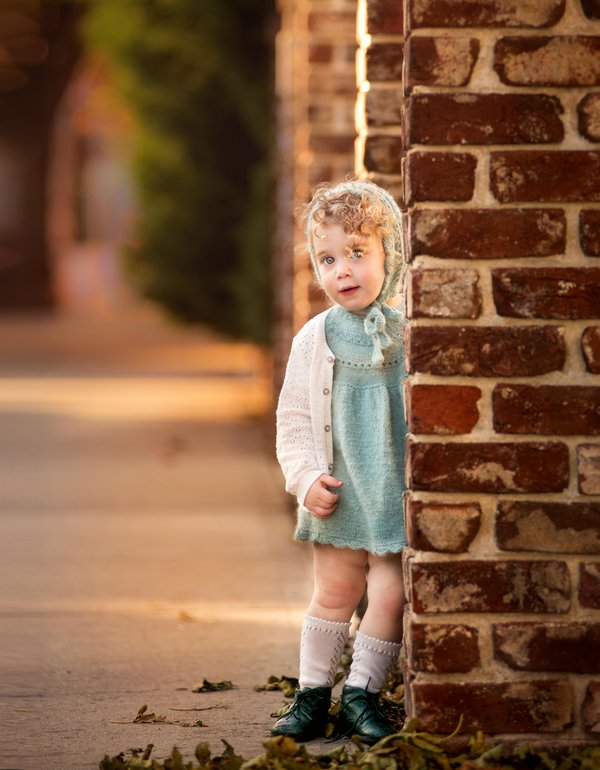 Portrait of a little girl thumbnail