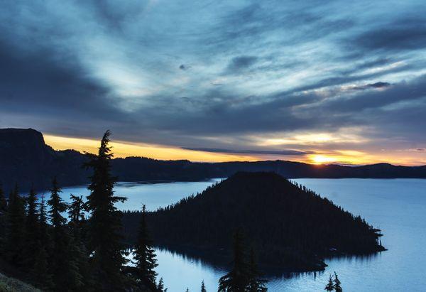 Crater Lake At Daybreak thumbnail