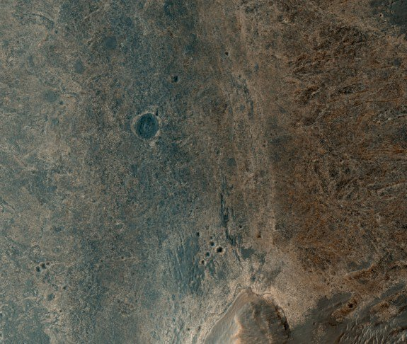 Can You Spot the Mars Rover in This Gorgeous Photo?