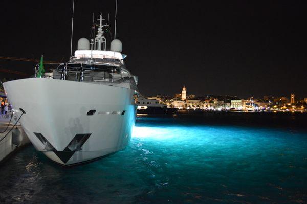 09-Split harbour_Croatia thumbnail