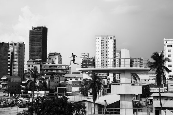 A boy jumps from Olympic diving board thumbnail