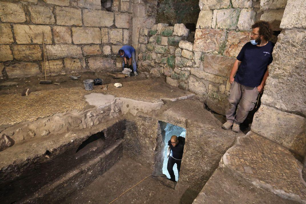 Underground Chambers Discovered Near Jerusalem's Western Wall