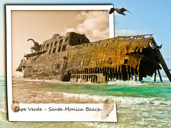 Shipwreck washed a sure in Cape Verde thumbnail