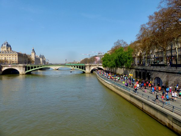 Scenic Seine River thumbnail