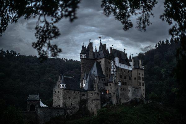 Grim castle thumbnail