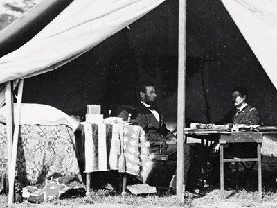 George McClellan, with Abraham Lincoln at Antietam in 1862, took command of the Union armies but let the president wait.