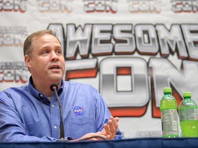 NASA Administrator Jim Bridenstine talks about getting American astronauts to the moon in the next five years while participating in a Future Con panel discussion at Awesome Con.