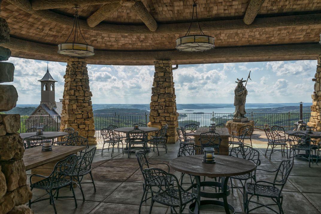 Seven Extraordinary Restaurant Experiences in Missouri