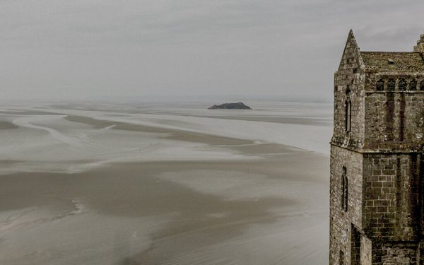 Expansiveness of Mont St Michel flat seabed at low tide thumbnail