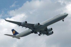 20110520102402plane-300x199.jpg