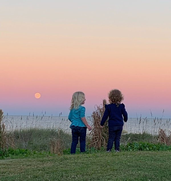 Cousins share an innocent moment in time on Amelia Island during these unprecedented times of Covid-19.. thumbnail