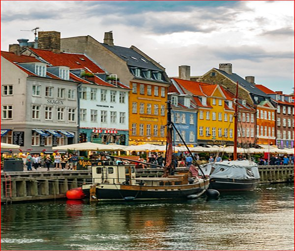 Nyhaven Copenhagen the old city  thumbnail