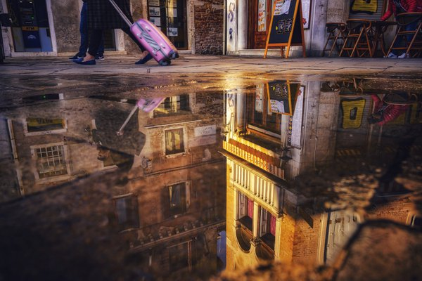 Reflection in Venice thumbnail