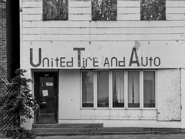 United Tire and Auto, Alexis, Illinois thumbnail