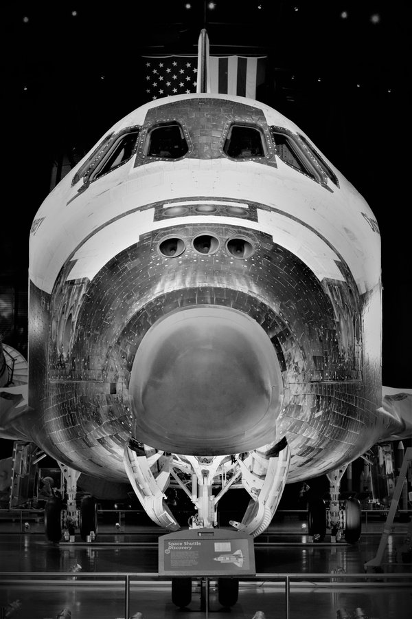 Space Shuttle Discovery thumbnail