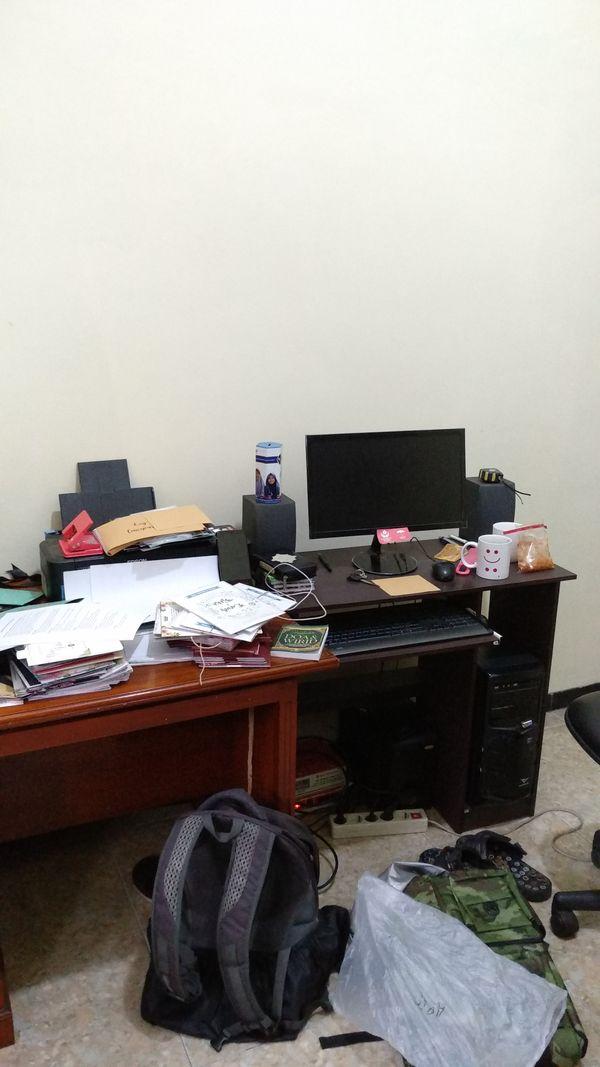 chaos at work thumbnail