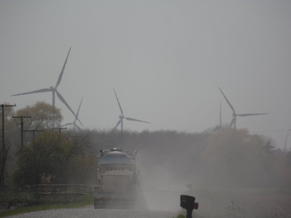 Wind Turbines & Renewable Energy thumbnail