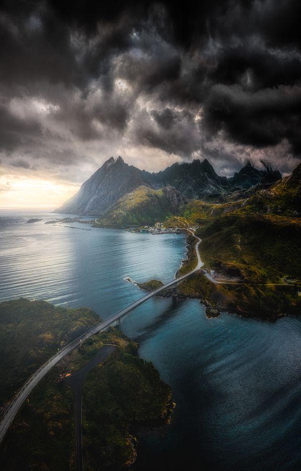 Storm in the Lofoten Islands thumbnail