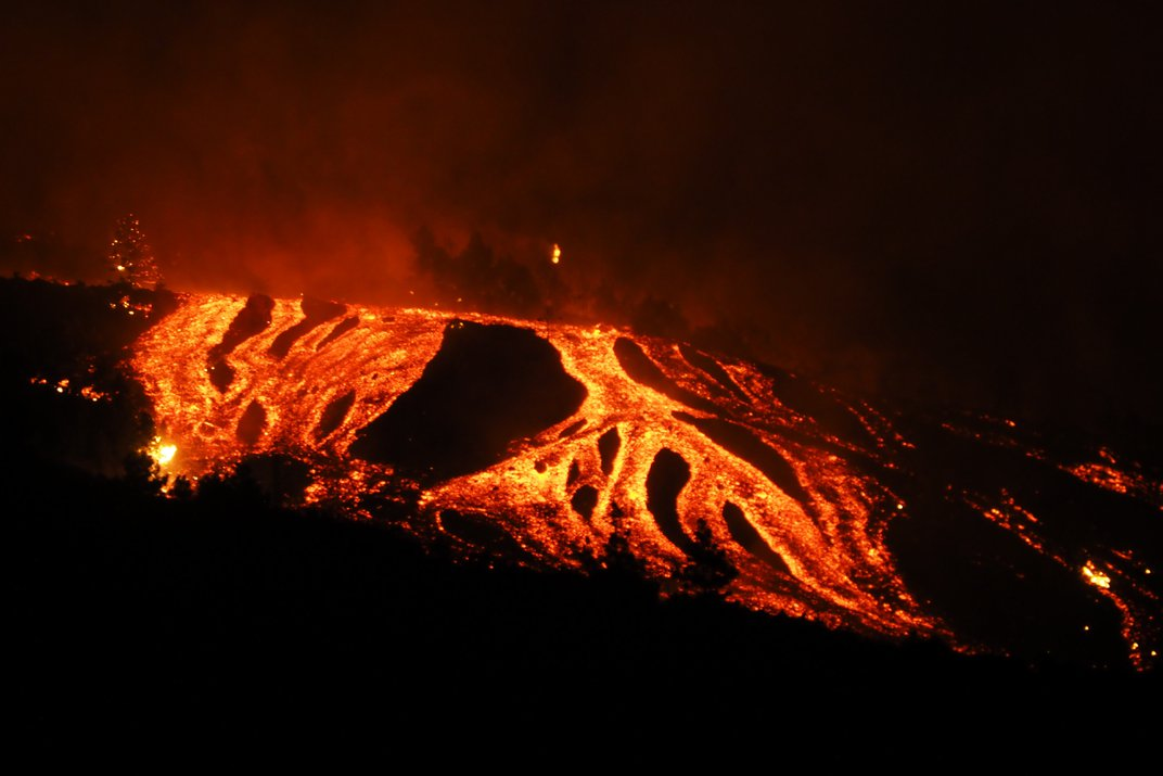 La Palma Island Volcanic Eruption Sends Lava Flowing to Residential Buildings