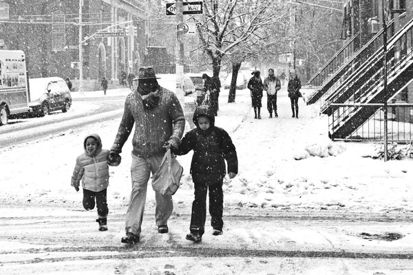 Family in the Snow  thumbnail
