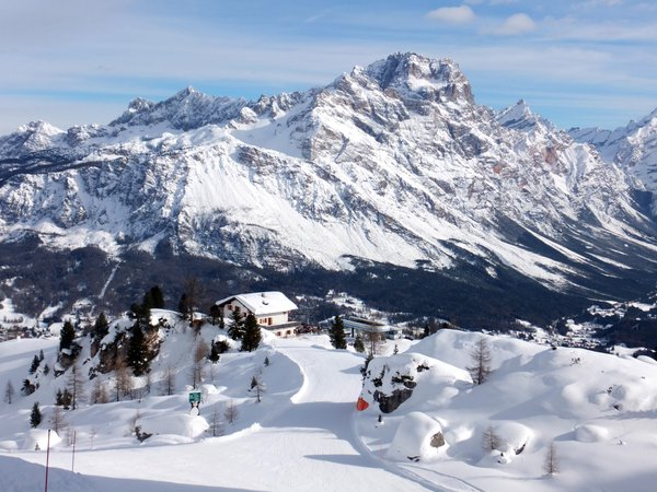 Skiing in the Dolomite Alps of Cortina d'Ampezzo, Italy thumbnail