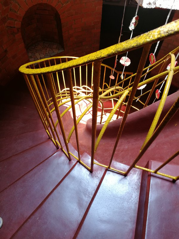 Interesting staircase during a tour inside the earthy interiors of Nisha's play school in Goa  thumbnail