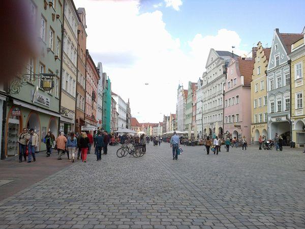 Walking at Landshut Bavaria thumbnail