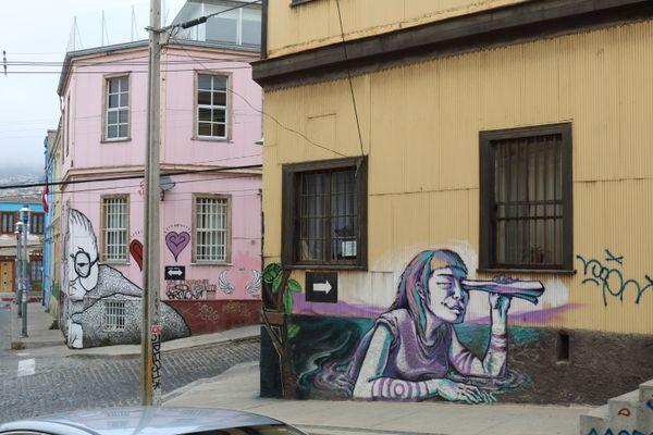 Street Art, Valparaiso, Chile thumbnail