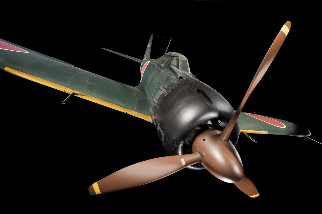 In One Mission in October 1944, Two F6F Hellcats Shot Down a Record 15 Enemy Aircraft