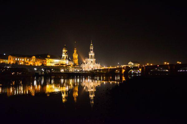 Dresden Hofkirche on river Elbe thumbnail