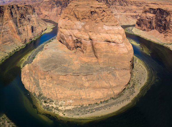 Horseshoe Bend While Traveling Northern Arizona thumbnail