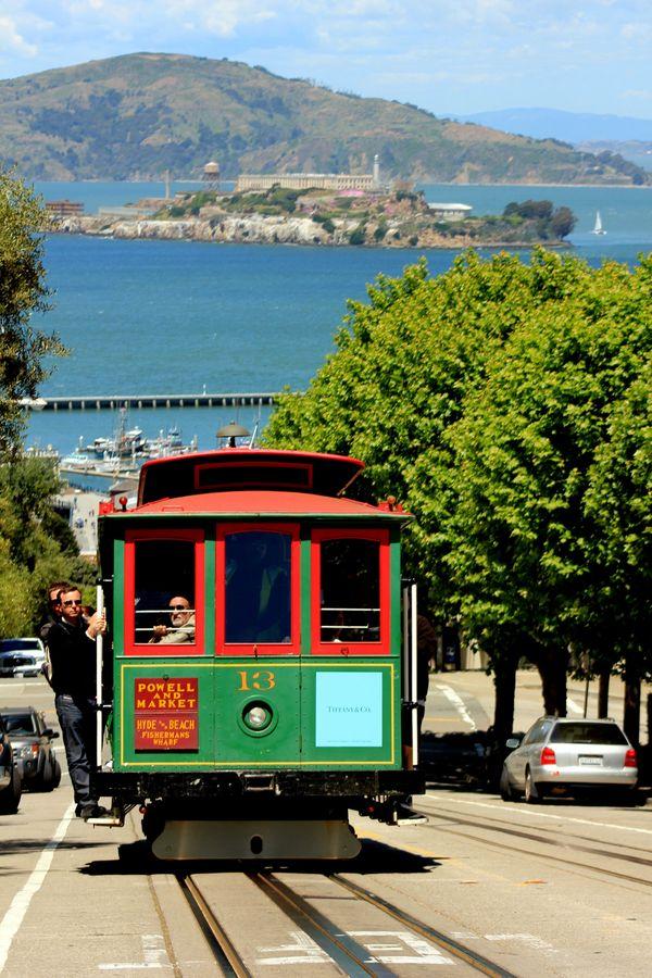 TRAM IN SAN FRANCISCO thumbnail