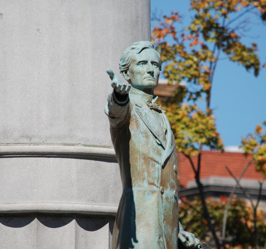 Why a Virginia Museum Wants to Display a Defaced Sculpture of Jefferson Davis