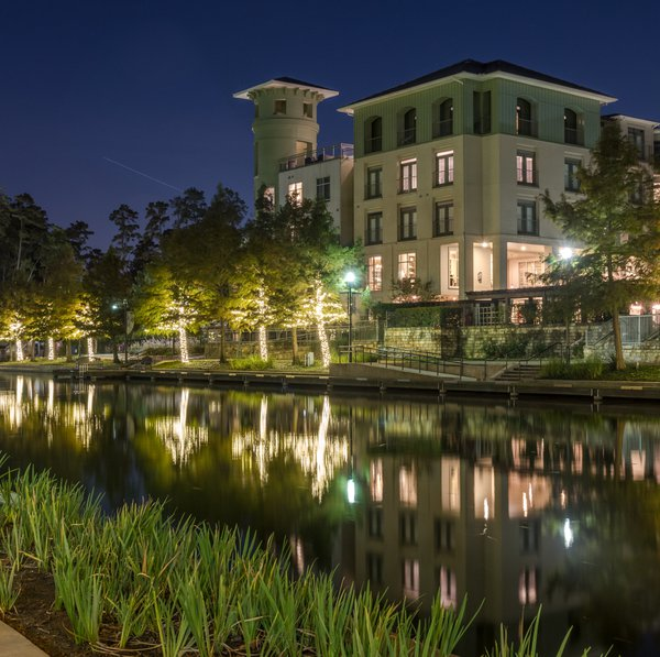 Residential Living Along the Woodlands Waterway thumbnail