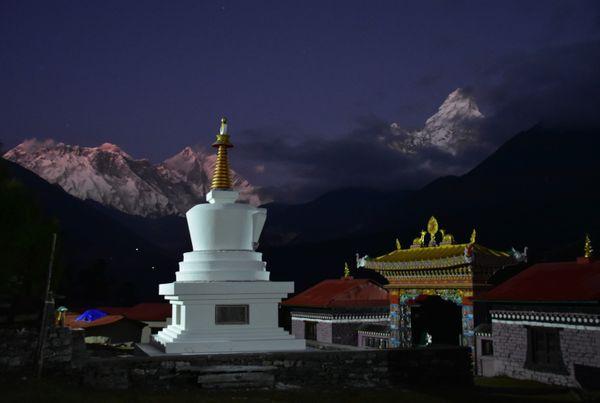Himalayan spiritual twilight high thumbnail