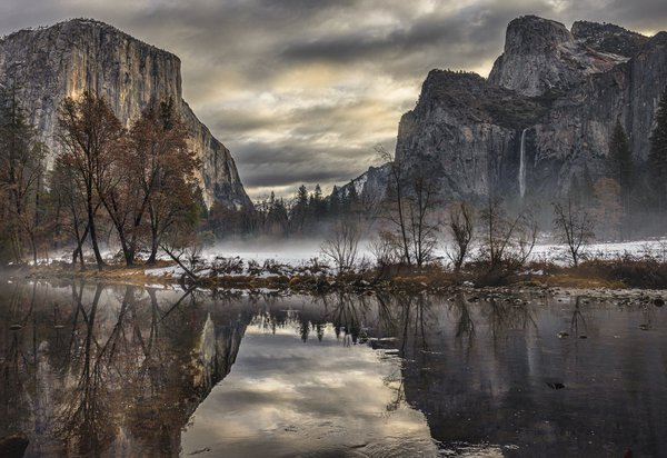 Sun breaks through at Yosemite thumbnail