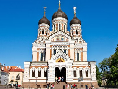 The Alexander Nevsky Cathedral was built in 1900 over the supposed grave of a legendary Estonian hero.
