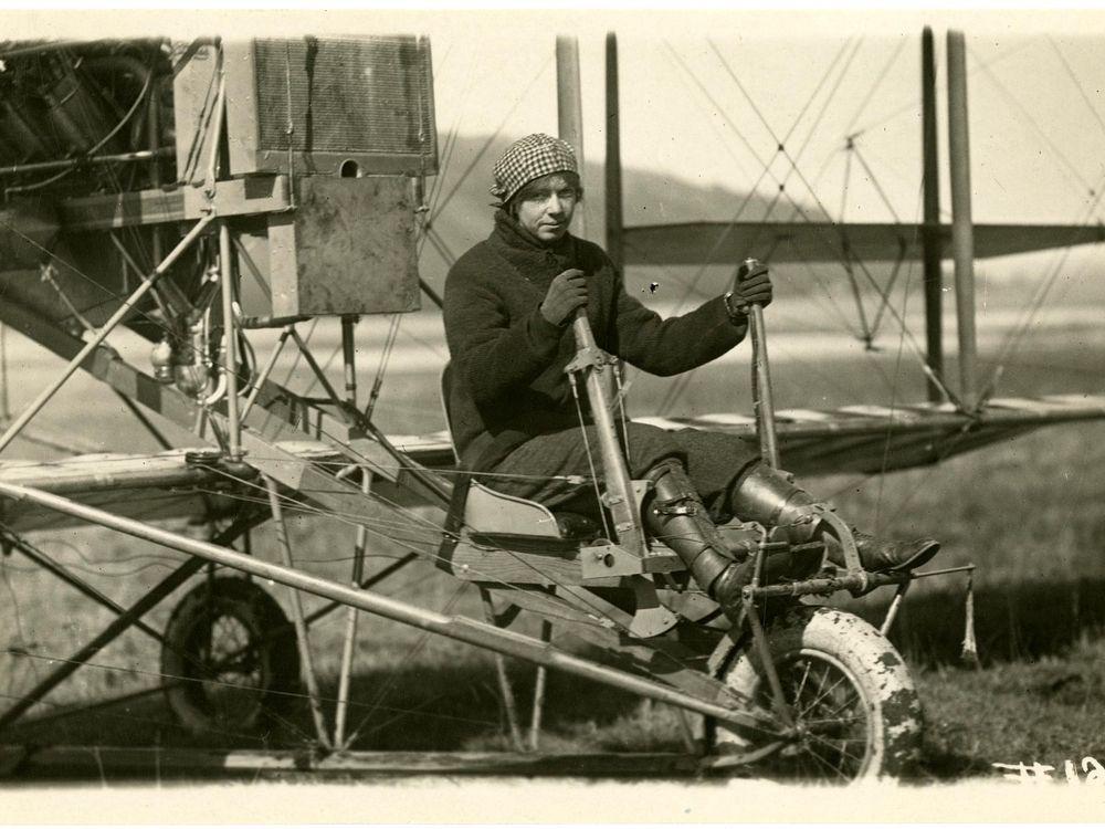 Ruth Law, Curtiss Model D NASM 00026875